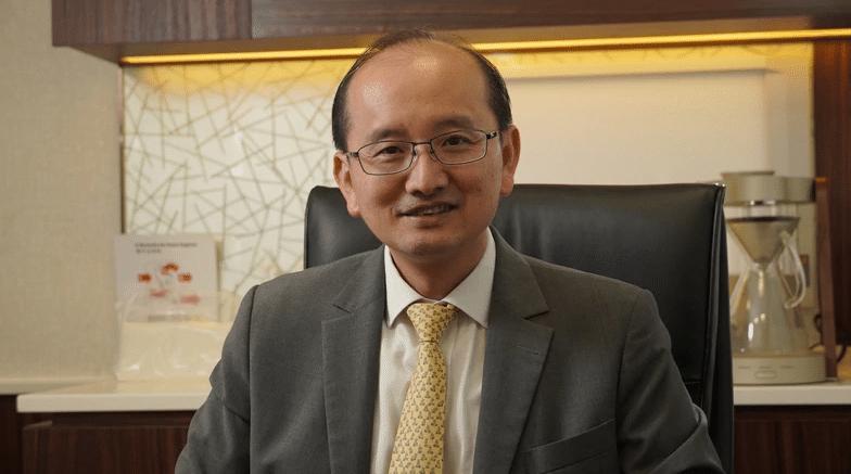 港大醫學院外科學系名譽教授潘冬平