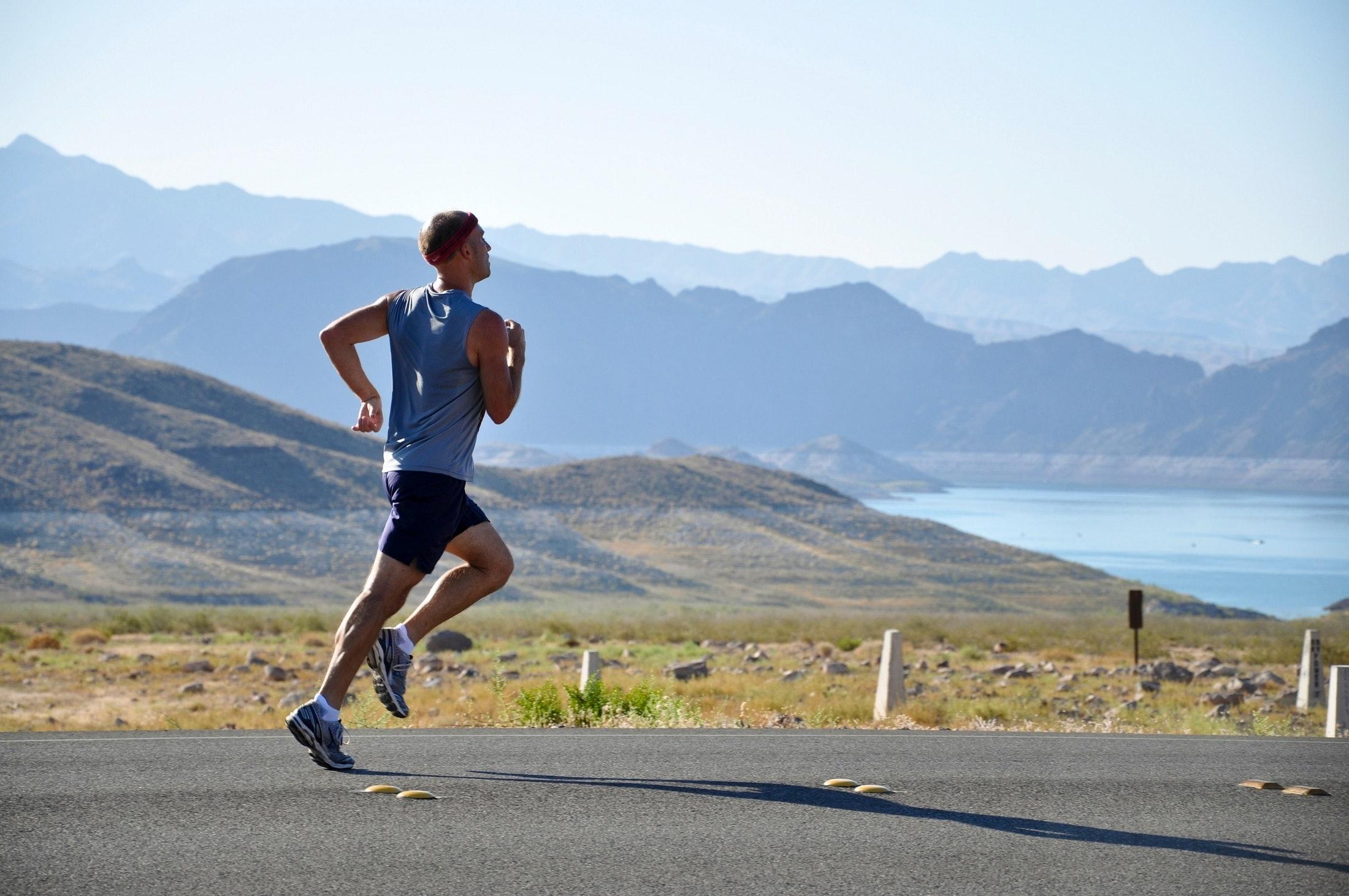 預防大腸癌運動有助促進新陳代謝,消耗熱能,防止脂肪積聚。