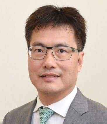 Dr. Au Siu Kie 區兆基醫生
